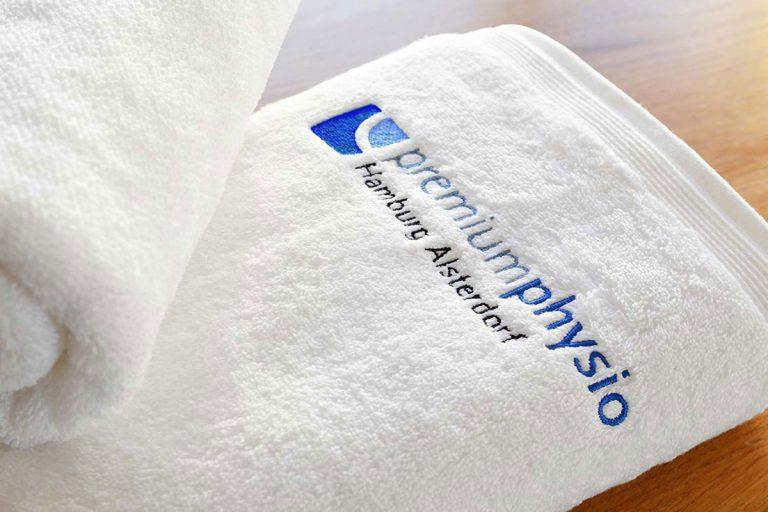 2 Logos für das Wirbelsäulenzentrum und Premiumphysio in Hamburg Alsterdorf von Doris Peiter